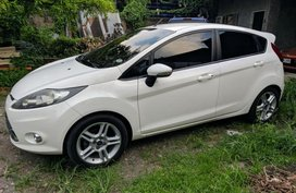 Selling Ford Fiesta 2012 Automatic Gasoline in Bocaue