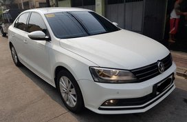 Sell 2nd Hand 2016 Volkswagen Jetta Automatic Diesel in Quezon City