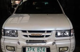 Selling 2nd Hand Isuzu Crosswind 2004 at 85000 km