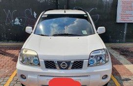 Selling White Nissan X-Trail 2010 Automatic Gasoline at 40000 km