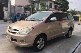 Selling Used Toyota Innova 2006 at 80000 km in Makati
