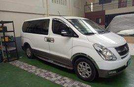Sell 2nd Hand 2013 Hyundai Grand Starex at 90000 km