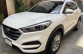 Selling Hyundai Tucson 2018 at 10000 km in Manila