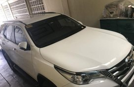 Selling Toyota Fortuner Automatic Gasoline in Imus