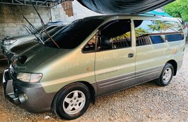 Selling Hyundai Starex 2001 Manual Diesel