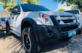Selling White 2011 Isuzu D-Max Truck Manual Diesel
