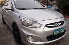 Selling 2nd Hand 2013 Hyundai Accent Manual Gasoline
