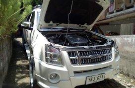 Isuzu Alterra 2013 Manual Gasoline for sale in Cebu City