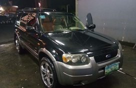 Sell Black 2006 Ford Escape in Pasig