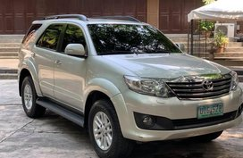 Sell Silver 2012 Toyota Fortuner at 35000 km in Manila