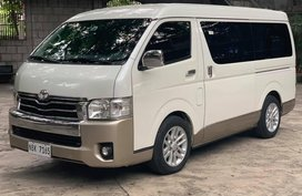 Sell White 2018 Toyota Hiace Van Automatic in Gasoline at 11000 km in Quezon City