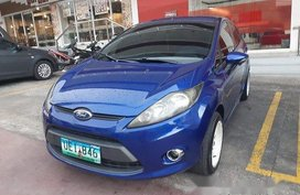 Blue Ford Fiesta 2012 at 75000 km for sale