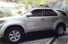 Toyota Fortuner 2009 Automatic Gasoline for sale in Cebu City