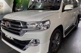 Selling Brand New 2019 Toyota Land Cruiser Diesel Automatic