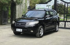 Selling Black Hyundai Santa Fe 2010 at 90000 km