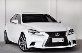 Lexus Is 2015 for sale in Quezon City