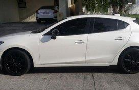 Selling Used Mazda 2 2015 in Muntinlupa