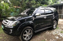 Toyota Fortuner 2006 at 90000 km for sale in Las Piñas