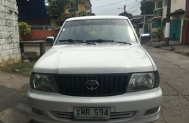 Selling 2nd Hand Toyota Revo 2004 in Quezon City
