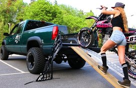 10 steps to load a motorcycle onto a truck bed