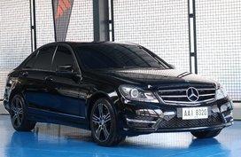 Selling Mercedes-Benz C200 2014 in Quezon City