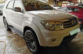 Used Toyota Fortuner 2010 Automatic Gasoline for sale in Pasig