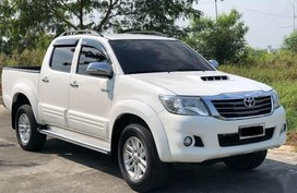 Selling 2nd Hand Toyota Hilux 2014 Automatic Diesel in Balagtas