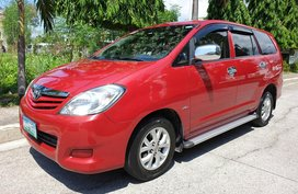 Selling Red Toyota Innova 2011 Automatic Diesel