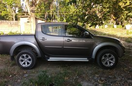 Mitsubishi Strada 2011 Automatic for sale