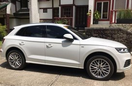Selling Audi Q5 2018 at 10000 km in Pasig