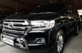 Selling Brand New Toyota Land Cruiser 2019 in Pasig