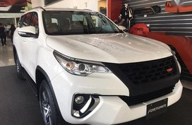 Selling Brand New Toyota Fortuner 2019 in Manila