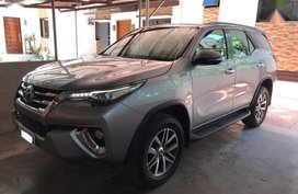 Sell 2nd Hand 2017 Toyota Fortuner in Lipa