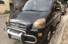 Hyundai Starex 2000 Van Manual Diesel for sale in Trece Martires