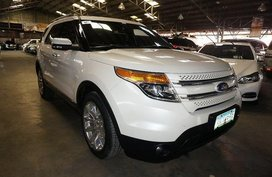 White Ford Explorer 2012 for sale in Makati