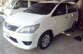 Selling 2nd Hand Toyota Innova 2012 Manual Diesel at 70000 km in San Leonardo