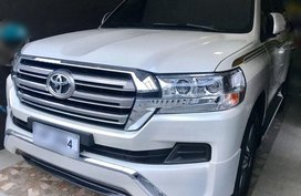 Selling Used Toyota Land Cruiser 2017 in Quezon City