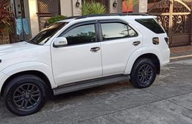 Selling 2nd Hand Toyota Fortuner 2015 at 70000 km in Biñan