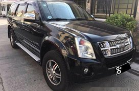 Black Isuzu Alterra 2009 at 54000 km for sale