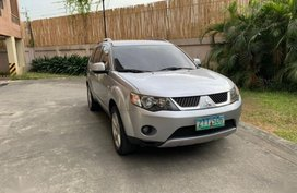 2nd Hand Mitsubishi Outlander 2009 for sale in Quezon City