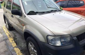 Selling Ford Escape 2004 Manual Gasoline in Quezon City