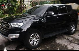 Selling Black Ford Everest 2017 Automatic Diesel in Cainta