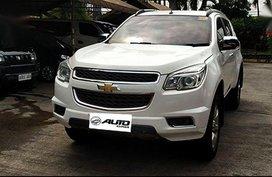 Selling White Chevrolet Trailblazer 2016 Automatic Diesel in Cainta