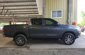 Sell 2nd Hand 2016 Toyota Hilux Truck Manual Diesel