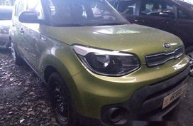 Selling Green Kia Soul 2018 Manual Diesel at 13000 km in Makati