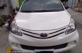 Selling 2nd Hand Toyota Avanza 2012 in Makati