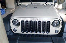 Selling Jeep Wrangler 2017 Automatic Gasoline in San Fernando