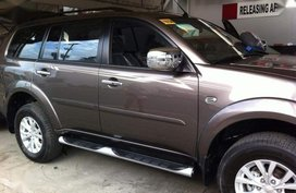 Selling 2nd Hand Mitsubishi Montero 2015 Automatic Diesel at 30000 km in San Pedro