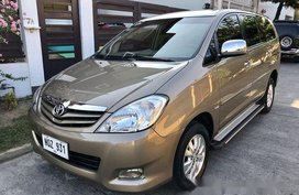 Sell Brown 2010 Toyota Innova at 75000 km