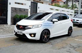 White 2015 Honda Jazz at 62000 km for sale